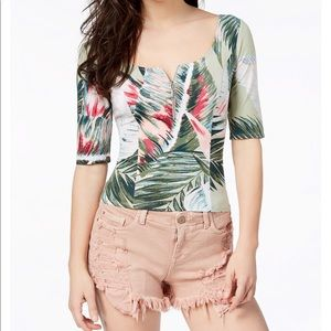 Guess Floral-print Top Elbow Sleeves